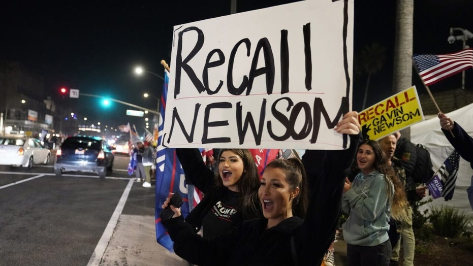 McCarthy, California Republicans call out Newsom over vaccine rollout: 'We fear more Californians may die'