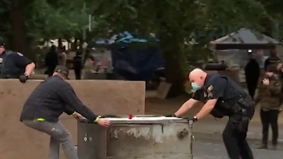 Portland police close parks, remove barricades to avoid repeat of Seattle-style autonomous zone