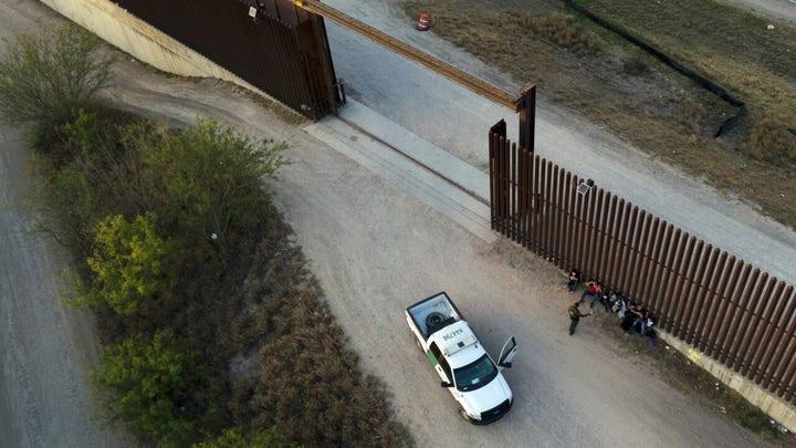 Border Patrol nabs migrants crossing into Texas