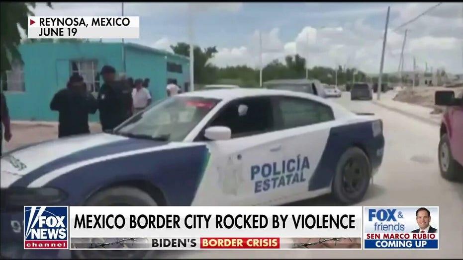 Texas congressmen from both parties urge Biden, Harris visit southern border