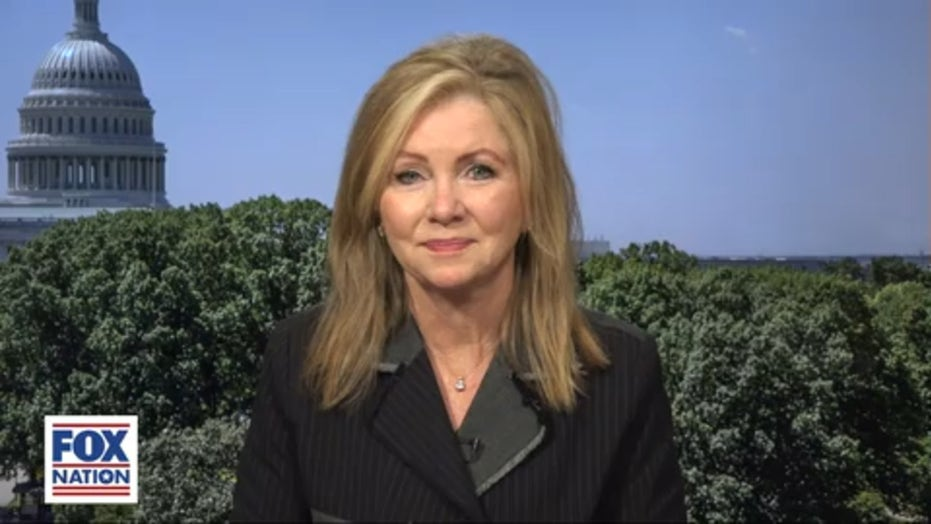 Suo. Marsha Blackburn reflects on conversation with a stranger that changed her career