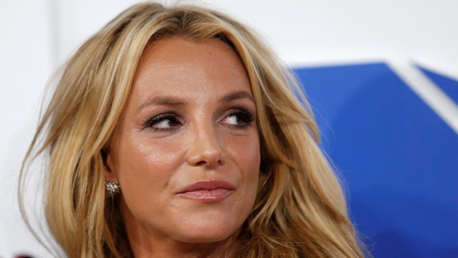 Britney Spears feels captive