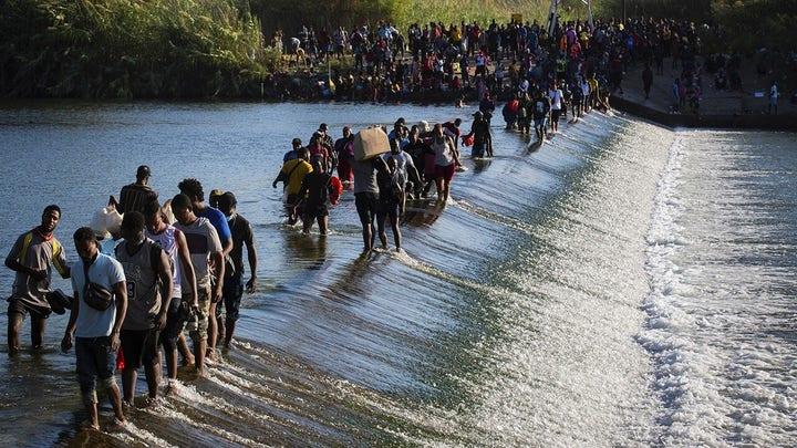 CBP shuts Del Rio port of entry amid migrant surge