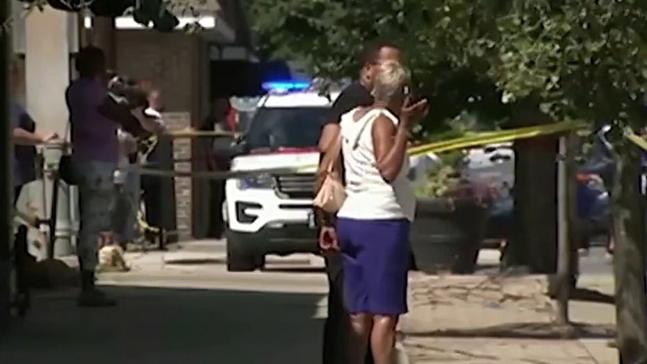 Chicago weekend sees 7 killed in shootings, 5-year-old stabbed to death