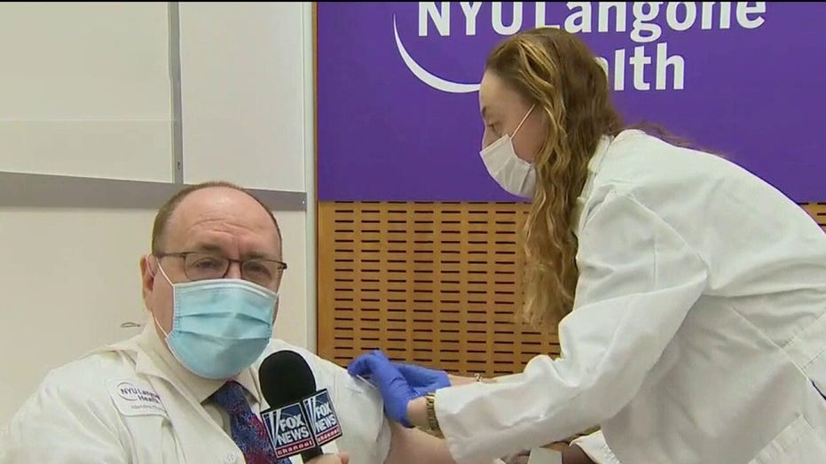Dr. Marc Siegel receives COVID-19 vaccine live at NYU Langone hospital