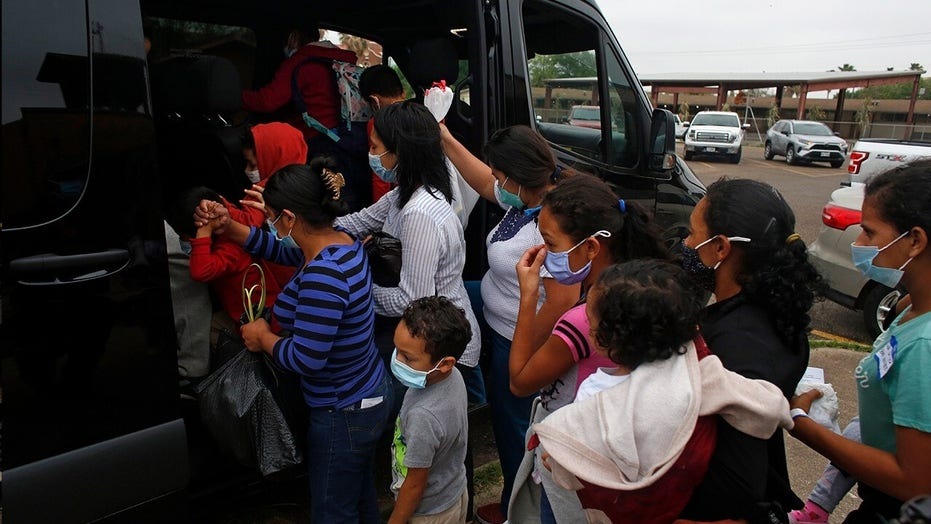 Texas border town doctor pleads with Biden: Halt 'grossly irresponsible' policies until COVID surge contained