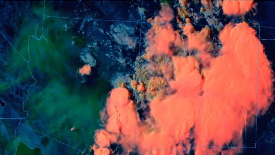 Apple Fire in California sends a sky full of smoke to Phoenix, Arizona