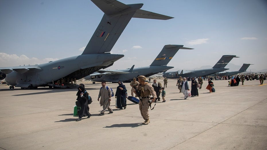 Schiff says Kabul airport a 'very attractive target' for ISIS-K, Al Qaeda