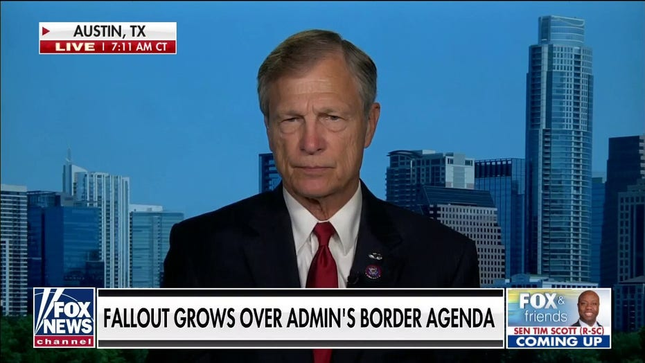 Rep. Babin slams Biden's 'shell game' at border: Migrant numbers 'don't add up'