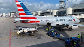 Lawmakers demand airlines refund customers for coronavirus cancellations