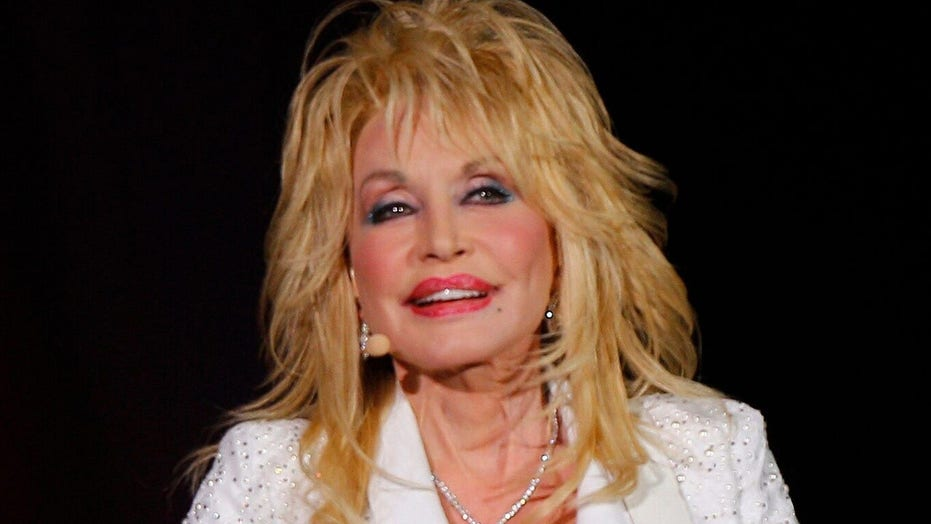 Dolly Parton twice declined the Presidential Medal of Freedom: report