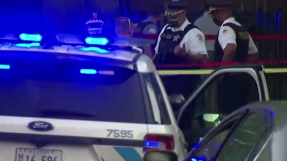 Is it time for the federal government to intervene in Chicago?