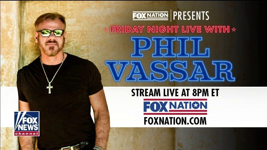 Phil Vassar previews Fox Nation living room concert