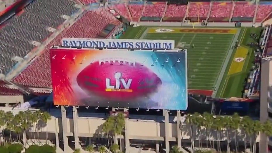 Travel companies offering Super Bowl package with private jet transportation, viewing on superyacht