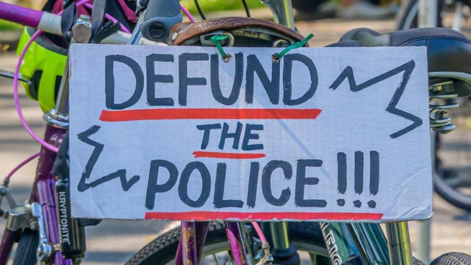 Mother who lost daughter to gun violence pushes back against 'Defund Police' movement