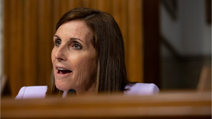 Martha McSally introduces bill that would pay Americans to take a vacation