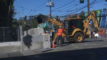 City of Seattle installs concrete barriers to protect police precinct from rioters