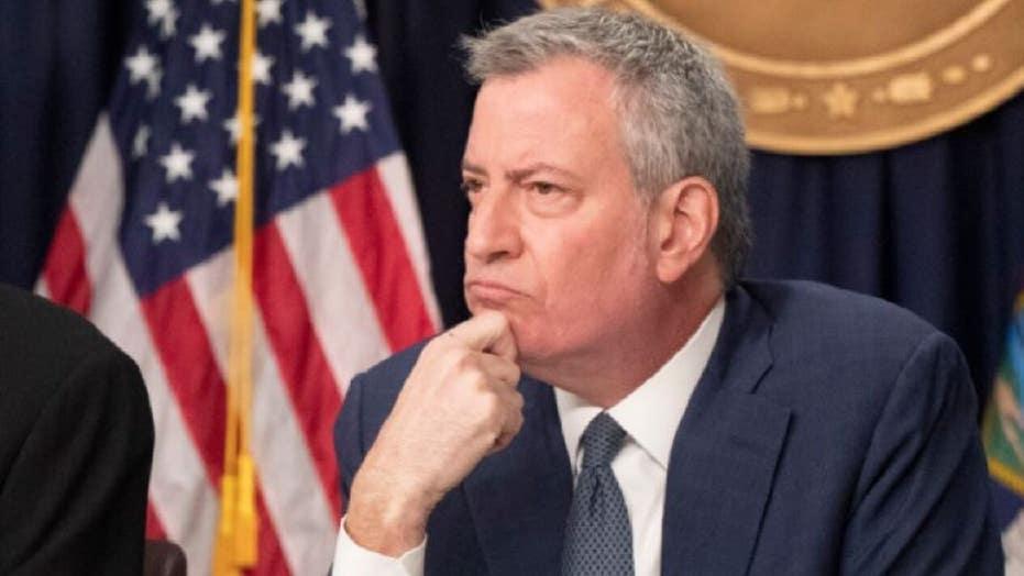 Should Bill de Blasio resign amid New York City violence?