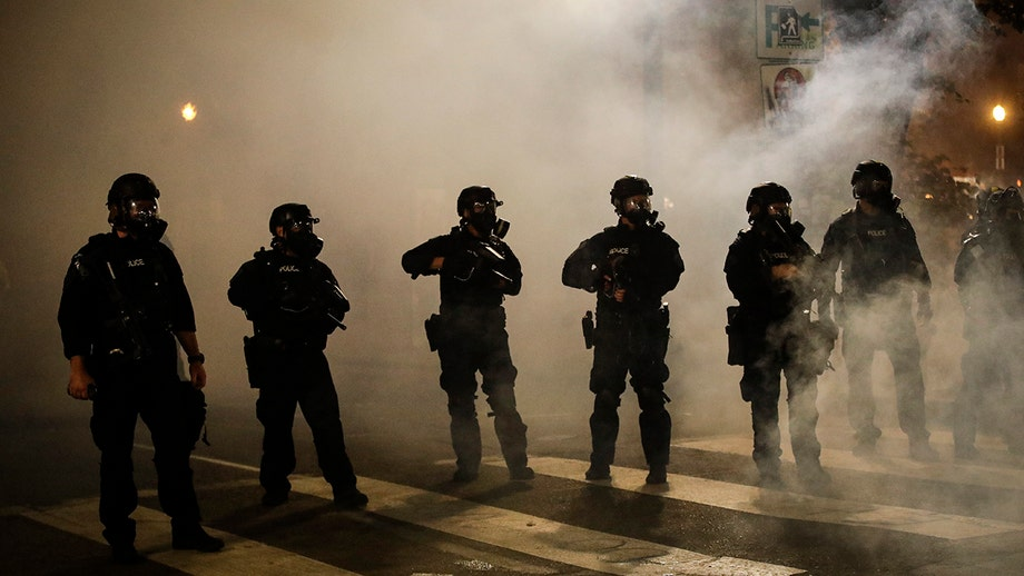 Federal agents to begin leaving Portland's downtown: DHS, Oregon governor