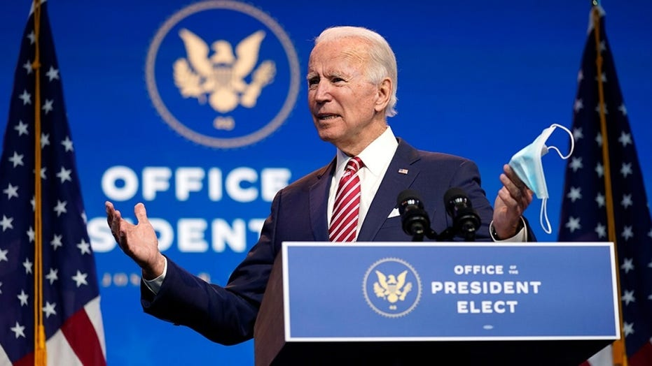 Biden says public health experts recommend 10 people max at Thanksgiving gatherings