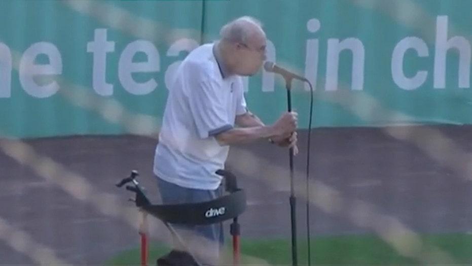 WWII veteran sings national anthem before Michigan baseball game in viral video