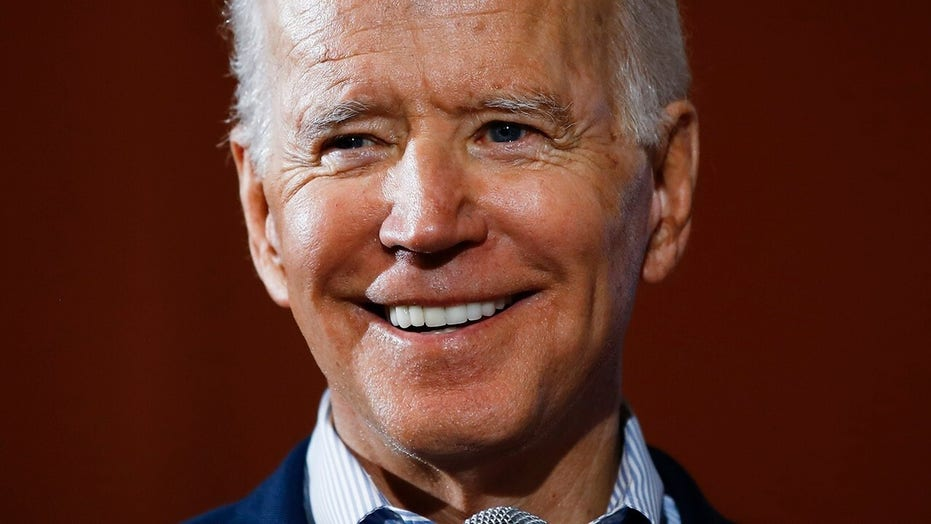 Biden campaigns in SC with new support from Rep. James Clyburn