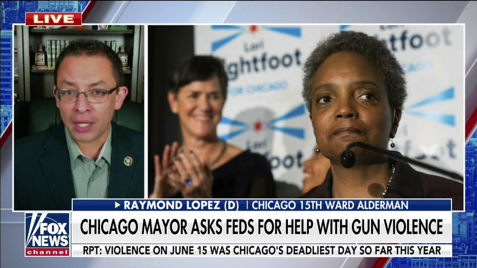Chicago Democratic alderman rips Lightfoot after 'completely hypocritical' new demand for federal crime help