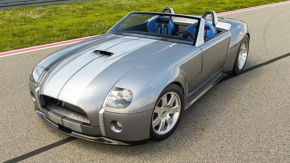 One of a kind Ford Shelby Cobra Concept sold for $2,640,000