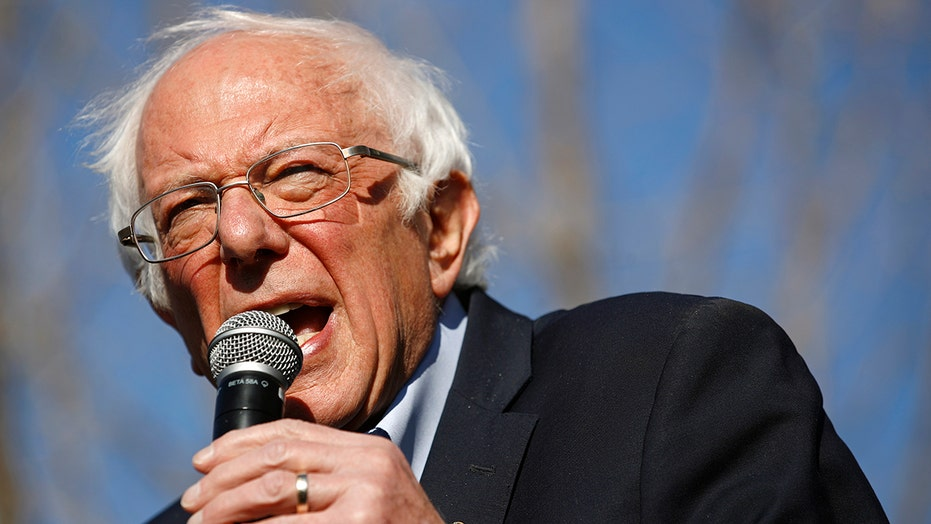 Sanders campaign criticizes liberal media, says 'Fox has been more fair'