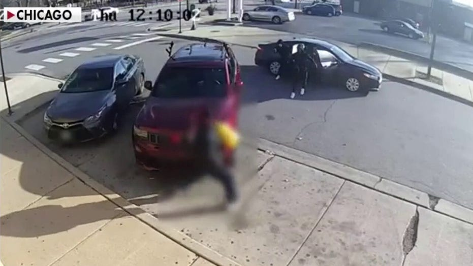 Chicago police arrest 210 suspected carjackers in first 50 days of 2021
