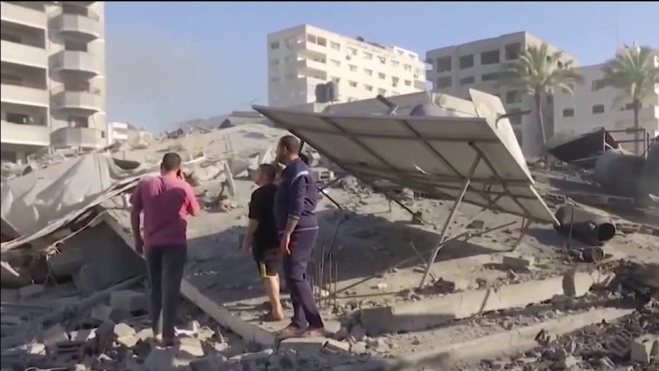 Israeli military moves forces to Gaza border
