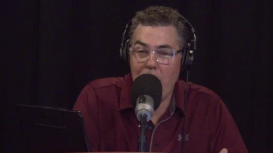 Adam Carolla torches comedy industry for becoming 'popularity contest'