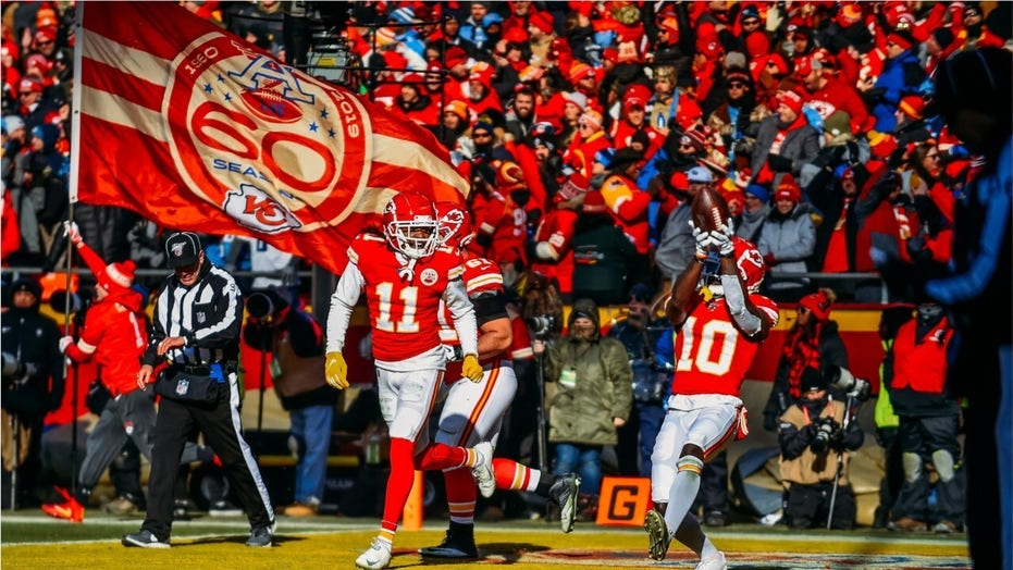 Chiefs called on to raise African American flag and display social justice messages throughout season