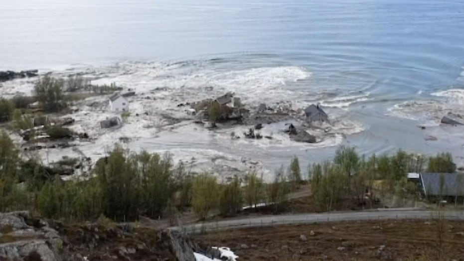 Raw video: Massive landslide in Norway
