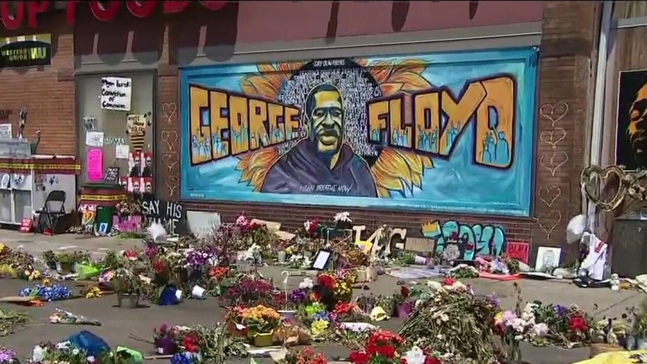 Hundreds continue to gather at site of George Floyd's death in Minneapolis