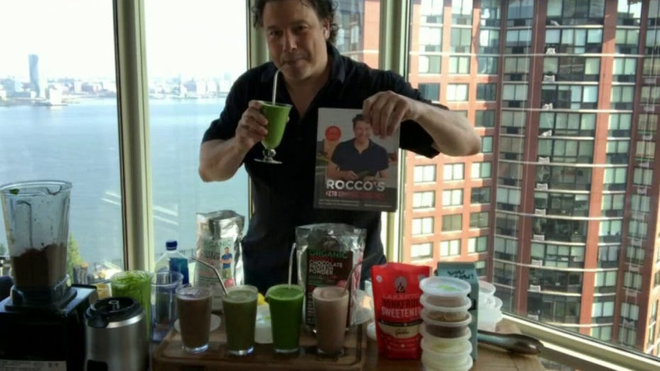 Chef Rocco Dispirito's makes simple smoothies on 'Fox & Friends'