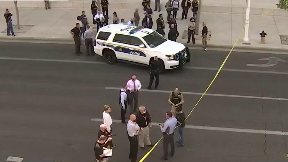 Federal officer shot in drive-by shooting in Phoenix: report