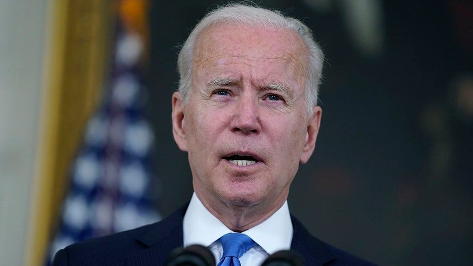 16 GOP senators urge Biden to use all means necessary to rescue Americans in Afghanistan