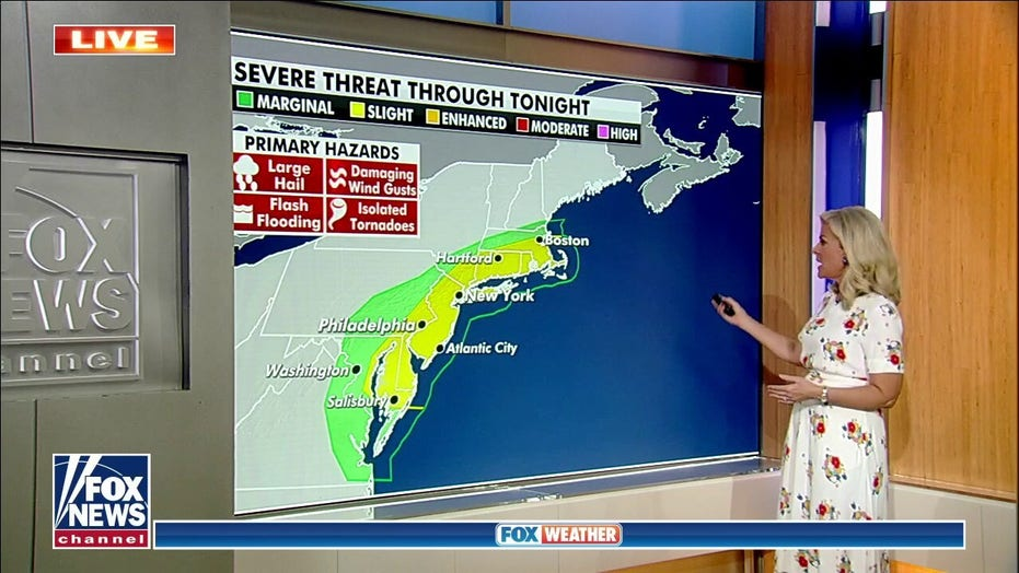 Wildfire threat remains high as smoke spreads to East Coast