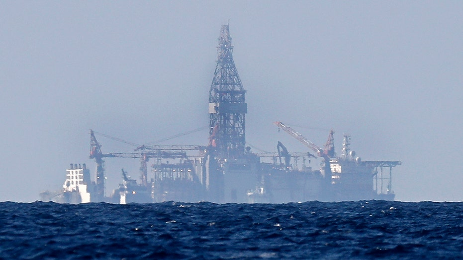 Oil prices continue dropping amid coronavirus concerns, lower demand