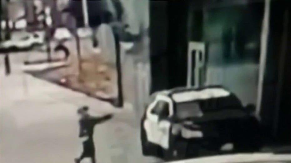 Compton mayor changes tone in wake of ambush shooting of sheriff's deputies