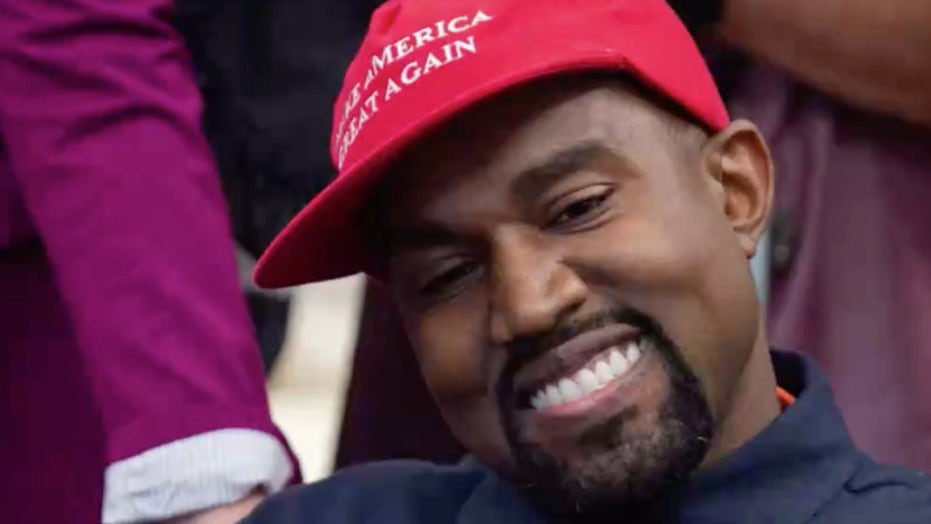 Does Kanye West still support Trump?