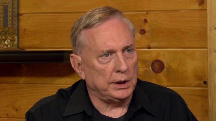 Douglas Macgregor talks civilian oversight of the military
