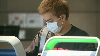 Face masks now required at Los Angeles International Airport