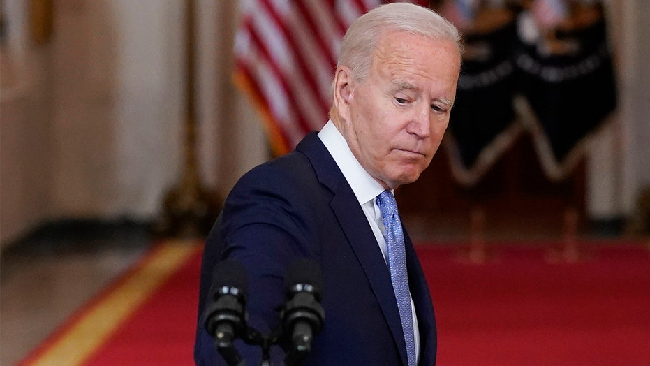VIDEO: Biden repeatedly walked away from reporters' questions during Afghanistan crisis