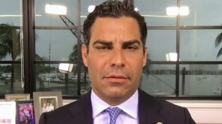 Miami mayor 'doesn't understand' why its hard for people to get why Cubans was freedom