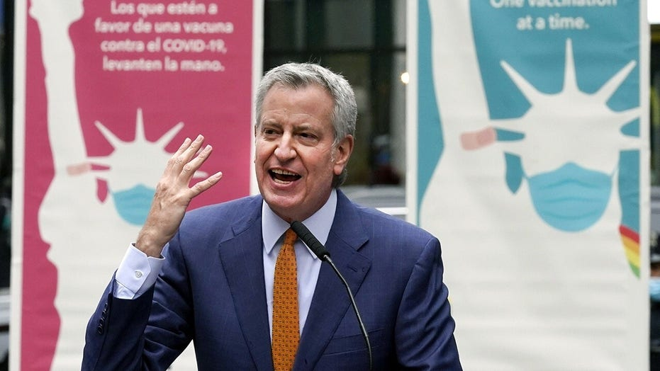 NYC parent rips de Blasio for replacing gifted school program, says it's 'nonsense'