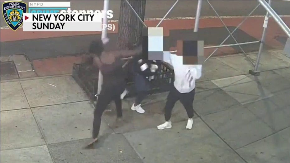 Asian woman attacked with hammer in Times Square