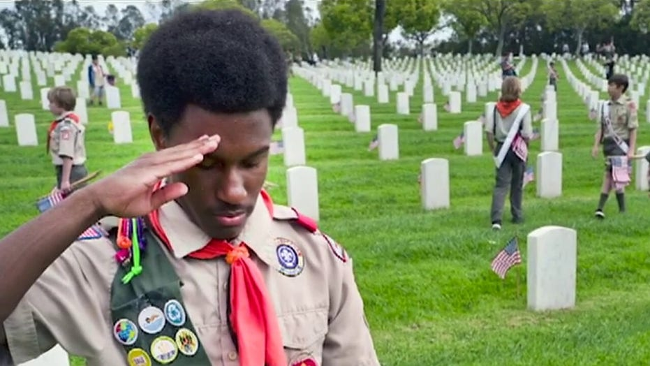 Eric Shawn: The Boy Scouts banned on Memorial Day