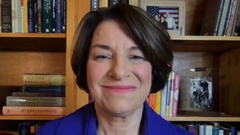 Klobuchar calls on Senate to delay Barrett confirmation: 'Better for safety, better for the country'